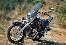 UM Commando Classic Black Colour