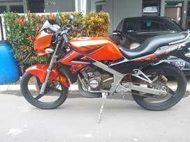 Kawasaki Ninja R 2014 (not ninja RR / ninja 250)