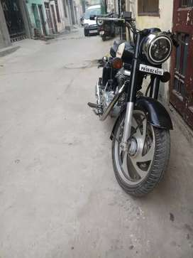 Classic 500 cc in good condition