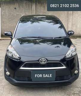Toyota Sienta V 2017 Hitam For Sale