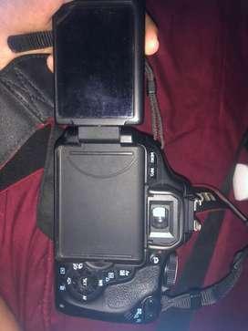 Camera DSLR tipe 600D