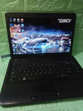 Laptop Tangguh Toshiba C640d Black Edition by RADEON .