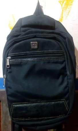 HB bag black colour