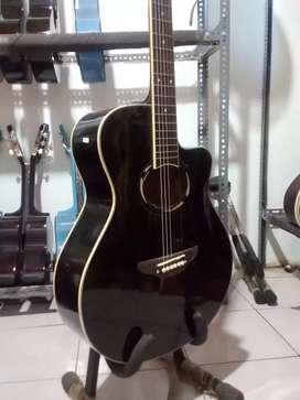 Ready gitar akustik