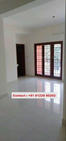 2BHK flat for lease at 25lakh in Saligramam. New apartment