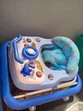 Kereta walker bayi
