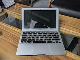 Mac Book Air 11 Inc