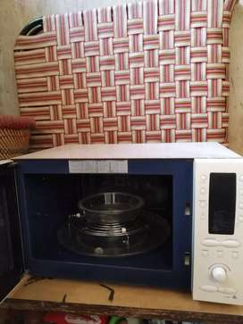 Microwave Samsung company (ce118kf)