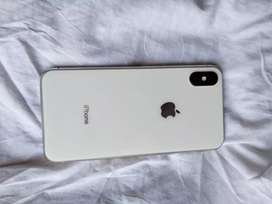 Hi iPhone x 64gb silver 7 month old
