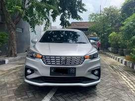 Suzuki Ertiga GL Manual tahun 2019 Warna silver Surabaya