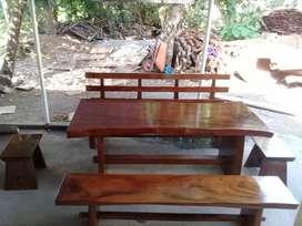 Meja makan kayu trembesi BCA03