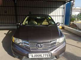 Honda City 2012 Petrol Well Maintained, looks new