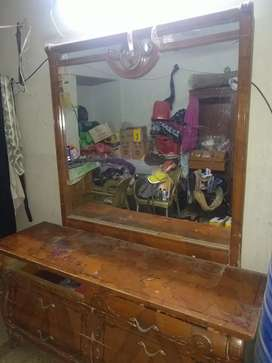 Dressing table with a huge mirror