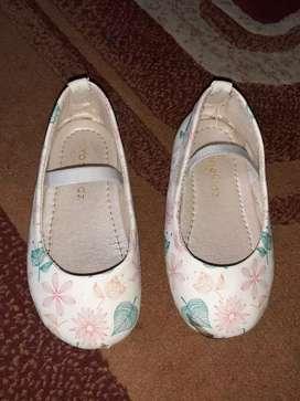 Sepatu cat anak