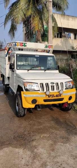 Mahindra Bolero maxi truck plus