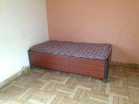 One room set available vijay park near blood bank ballupur