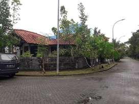 Bukit Indah Sukajadi, Rumah Hook dengan Lahan Luas