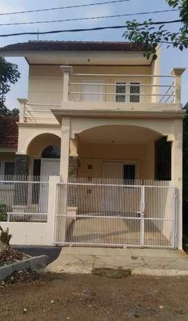 Disewakan Rumah Graha Bunga (Taman) - Bintaro Jaya