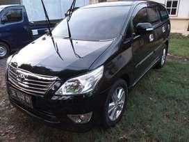 Toyota innova V 2012 MT