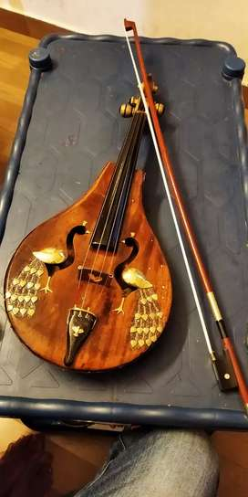 Violin look like a antic