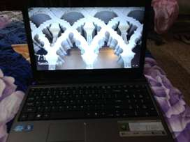 Like New, Accer Aspire 5750 Mint Condition
