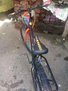 1 manth ka chala hua hai dc bike