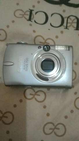 Kamera Canon XUS 700