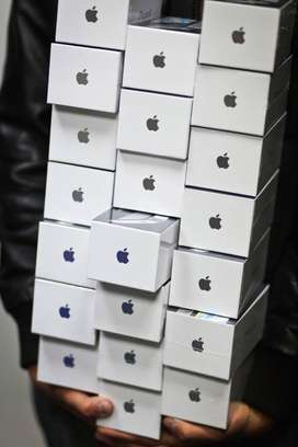 STOCK CLEARANCE SALE ON ALL IPHONE MODELS,CASH ON DELIVERY AVAILABLE