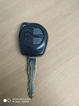 Staff required for car used car shop.4wheeler licence must.