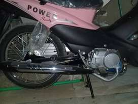Sooper power scooty brand new 10/10 condition.autometic start