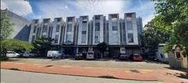 Disewakan Ruko 3,5 Lantai di Cempaka Putih Tengah, Jakarta Pusat
