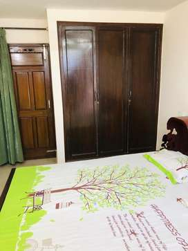 Owner free 1room set phase:5 nd 2room set phase:3b2 for rent in mohali