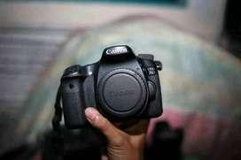 Canon 70D + Lensa 18-135 STM