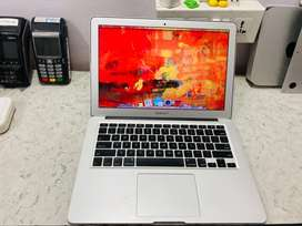 """Mac-Solution Air 13"""" in Great Conditio (4gb/128ssd)"""