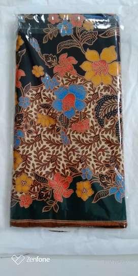 Kain Batik Merah Kuning Unggul Jaya