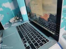 Laptop apple MacBook pro Mulus seperti baru