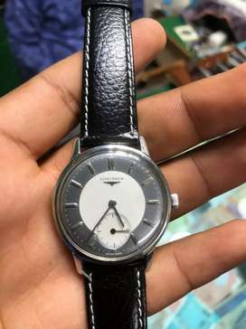 LONGINES SIDE SECOND VINTAGE WRIST WATCH IN MINT CONDITION