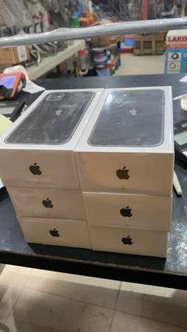 Iphone 11 64 Gb Black BARU Garansi Resmi/Ibox ya