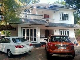 10 cent 2200 sqft ready to occupy at paravur vypin road kuzhipilly