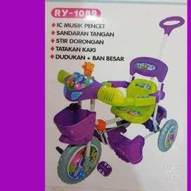 Sepeda Roda Tiga Anak Merk Royal RY-1082
