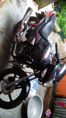 CBZ two year old bike only 40,000