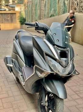 Suzuki burgman 2019 matte grey colour in scratchless condition