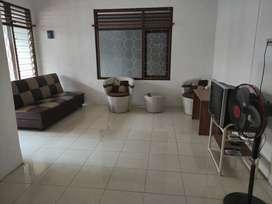 Home stay harian dekat malioboro (campur)