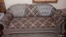 I want sell my sofa .