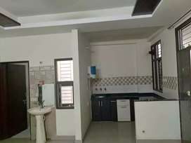 1bhk available for girl only flatmate required
