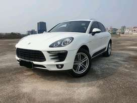 Porsche Macan 2.0 2015 Nik 2014, Garansi Available