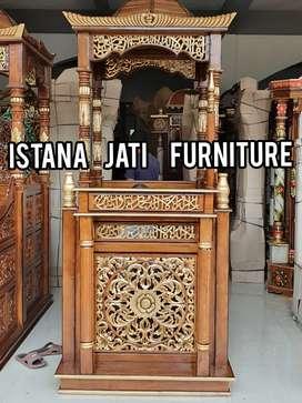 Mimbar masjid ukiran bahan jati