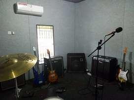 Alat Musik ( Studio Musik )