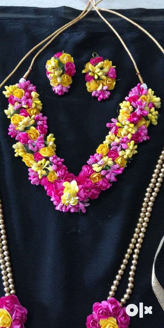 Floral Jewellery 0