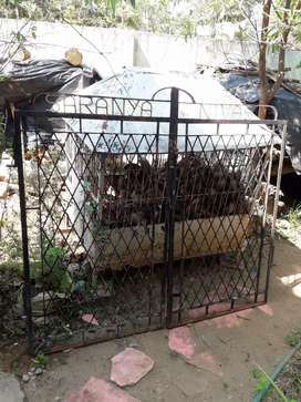 Good condition gate 4feet